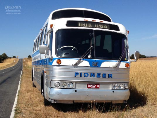 1968 GMC PD4107 bus