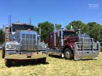 1977 Kenworth W925 truck next to 1986 Kenworth W925 truck at Yarra Glen