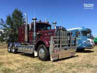 Kenworth W925 1986 version and Flxible Clipper 1954 version, at Lancefield VIC, Feb 2018