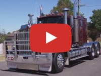 Kenworth W925 truck video, Longwarry 2017
